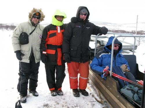 låna snöskotrar i fiskereportaget röde baron i iesjavri i fisketidningen fiskemagasinet.se