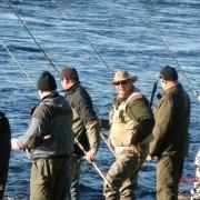 på stranden i fiskereportage fiska är mer än fiska i fisketidning
