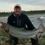 lax på 16,9 kg i fiskereportaget huggtabell och månfas på fisketidningen fiskemagasinet.se