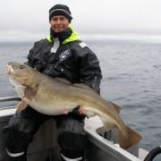 team poseidon i söröya - 2011 med torsk på 21,5 kg i fisketidningen