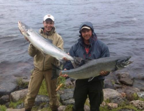 ett lyckat laxfiske med nästan sex laxar i en laxask i fisketidningen