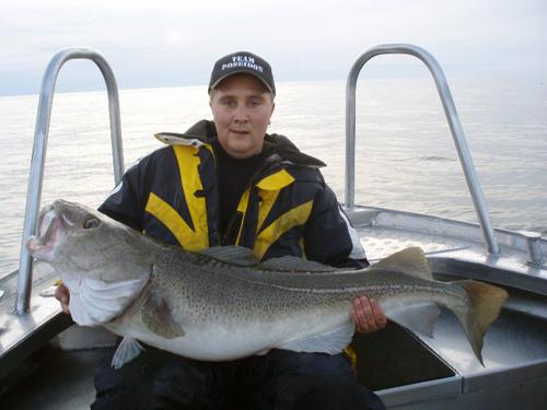 torsk på över 15 kg i söröya - 2009 i fiskereportage i fisketidningen fiskemagasinet.se